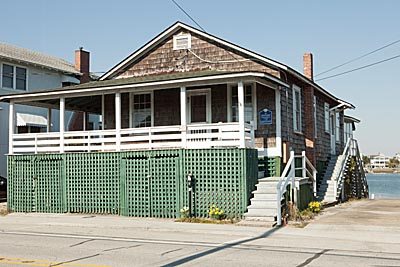 The Ewing Bordeaux Home Located At 405 N Lumina Ave Is One Of Few Historically Designated Wrightsville Beach Homes
